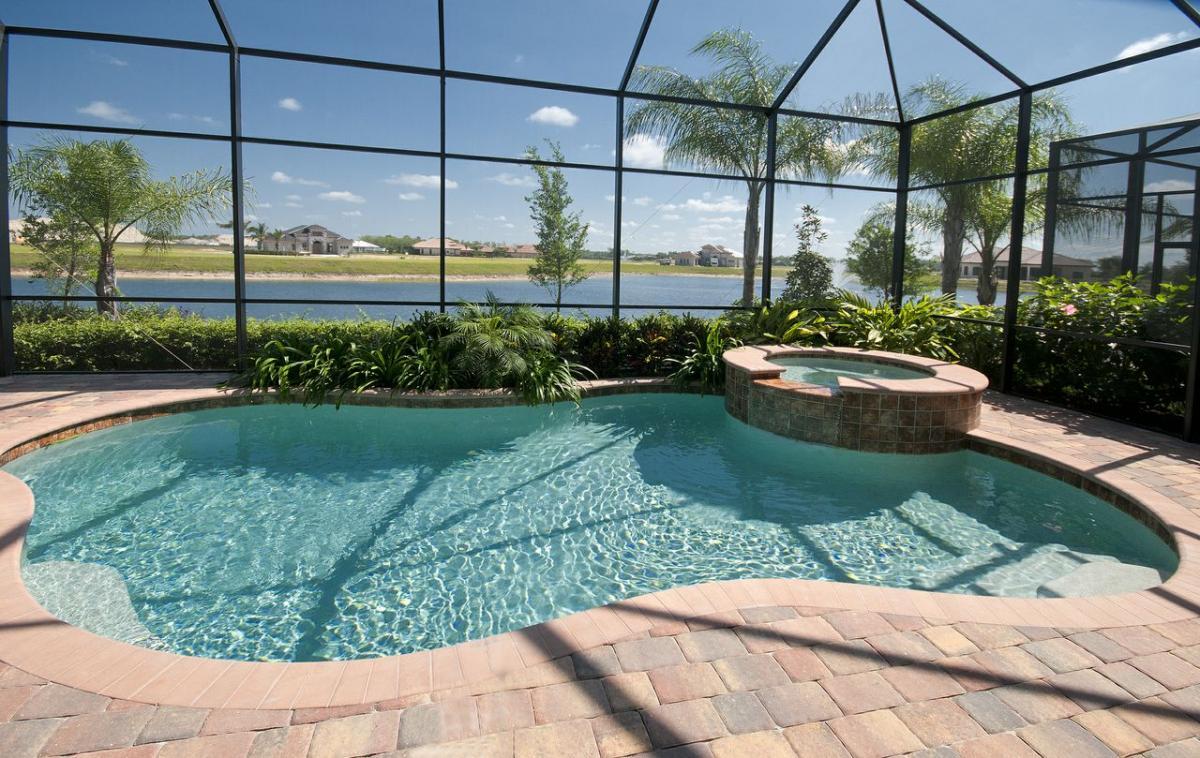 Naples florida rachael edwards for Florida pool homes